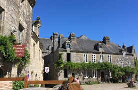 Motorcycle tours in Brittany
